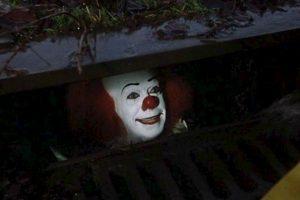 """El éxito de """"It"""" le habría abierto la puertas al cine y la TV a otras novelas de Stephen King. Foto:Warner Bros. Television. Imagen Por:"""