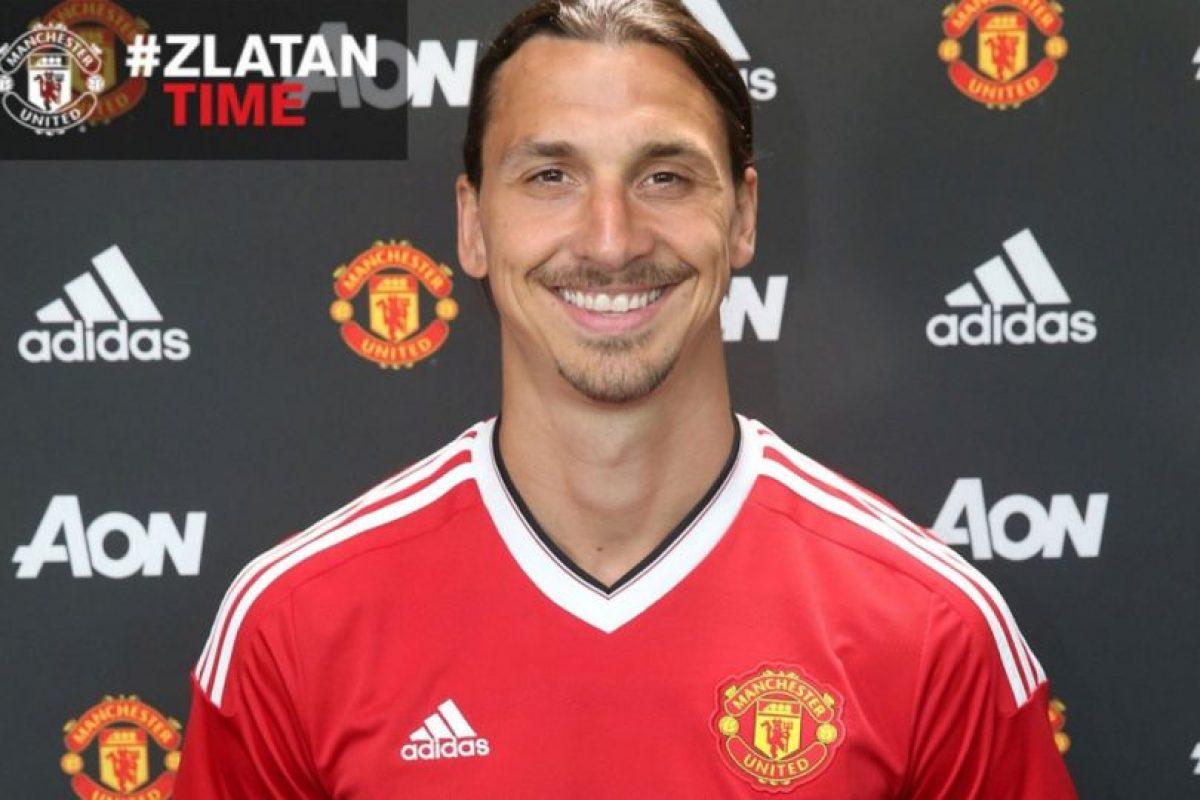 El flamante fichaje de Manchester United es el único jugador de la Premier League que aparece en el listado con 12 millones al año Foto:Twitter Manchester United. Imagen Por: