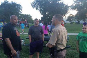 Los uniformados organizaron el encuentro Foto:Facebook.com/WichitaPolice. Imagen Por: