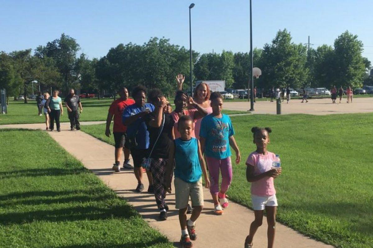 Acudieron familias afroamericanas de la zona Foto:Facebook.com/WichitaPolice. Imagen Por: