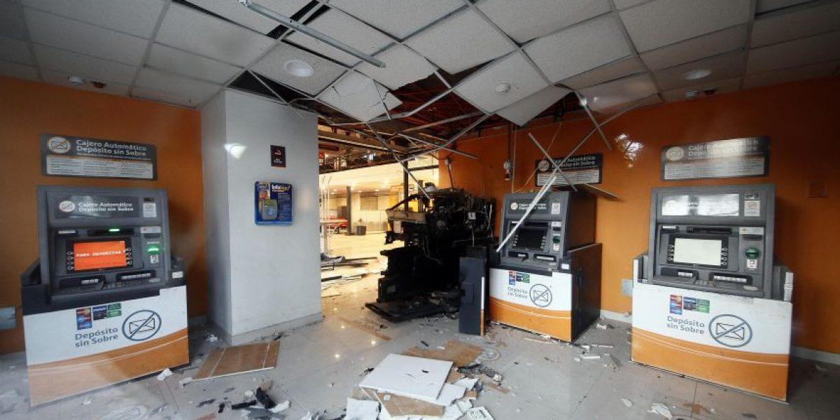 Conchalí: investigan robo frustrado a cajero automático en sucursal bancaria