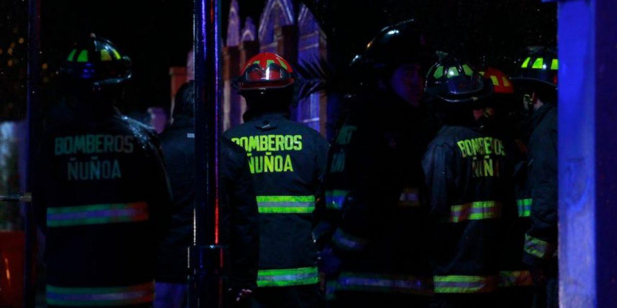 Calientacamas causó incendio que dejó un adulto mayor lesionado en Ñuñoa