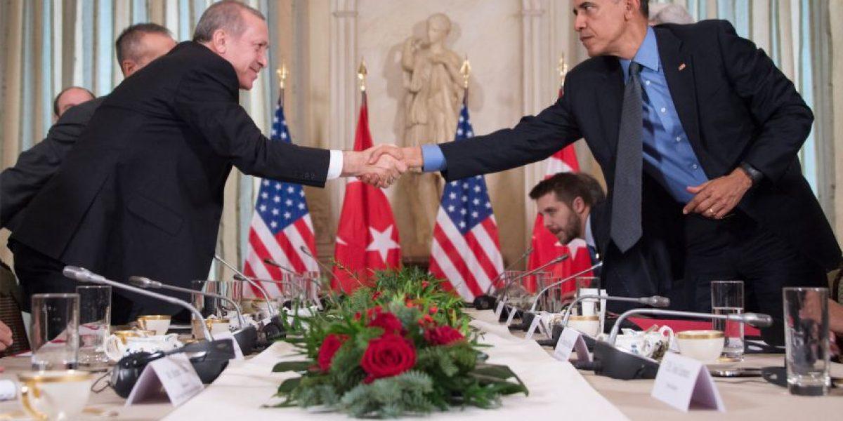 Obama promete a Erdogan ayuda de EEUU para investigar golpe frustrado en Turquía