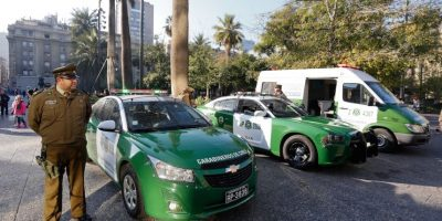 Cinco heridos dejó colisión entre vehículos de Carabineros durante persecución