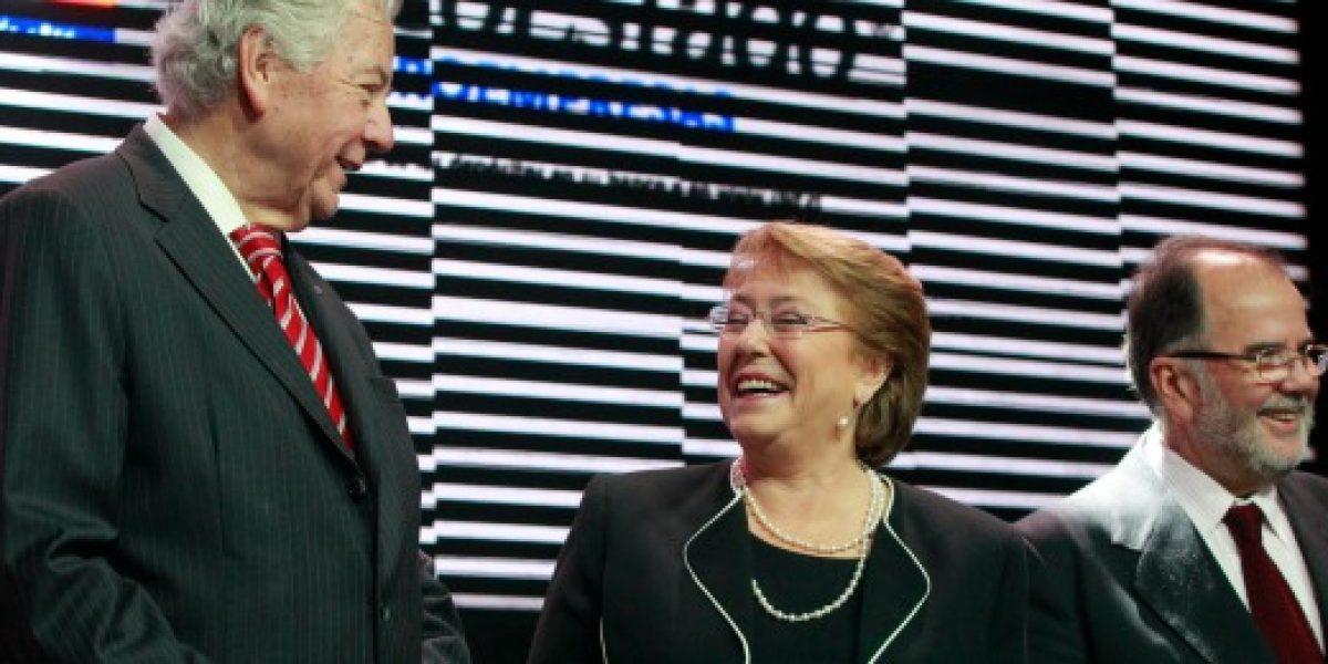 Bachelet invitó en Enamype a revertir la desaceleración económica