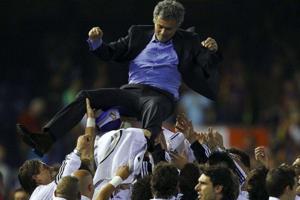 El técnico atesora el momento en que le ganó la Copa del Rey a Barcelona en Mestalla Foto:Getty Images. Imagen Por: