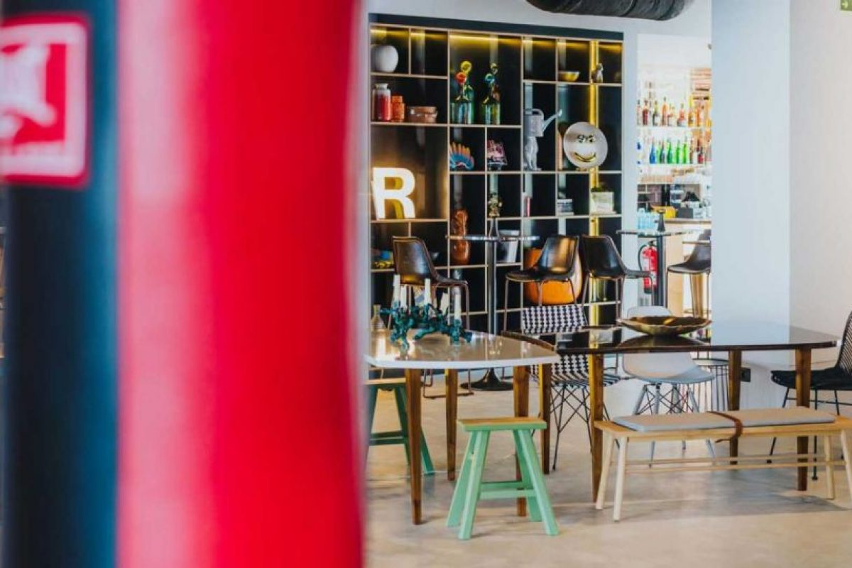 El hotel boutique de Cristiano Ronaldo tiene una ambientación art deco Foto:Sitio web Pestana CR7. Imagen Por: