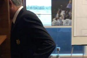Antes del viaje a tierras asiática, Mourinho mostró su salida de la oficina en Manchester y dejó ver una foto en la época de Real Madrid Foto:Getty Images. Imagen Por:
