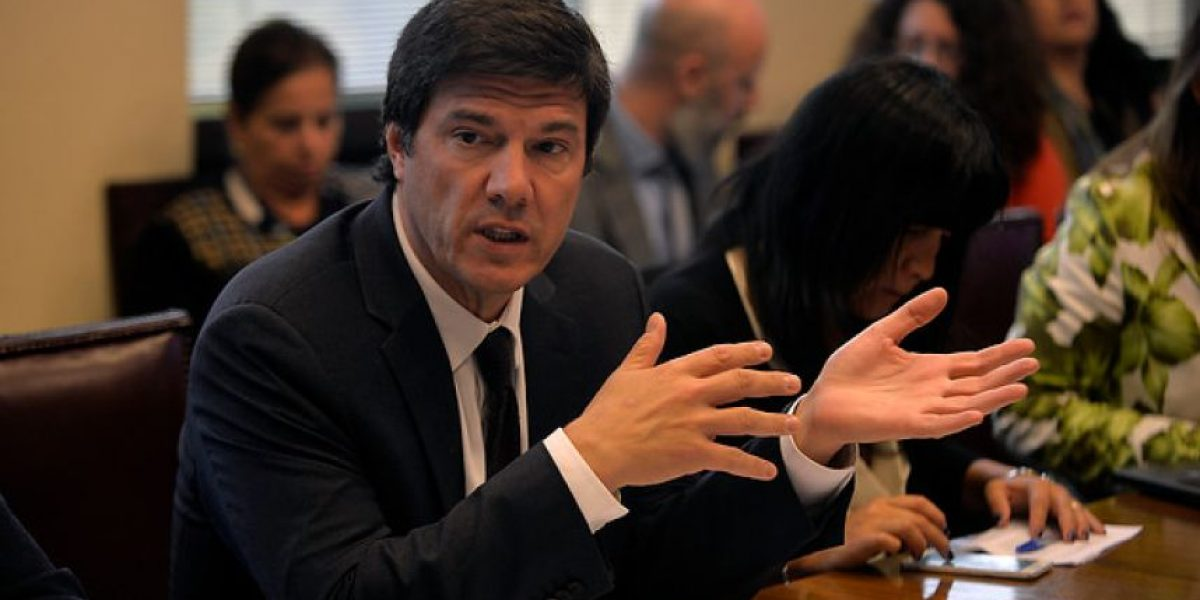 Cámara de Diputados oficia al ministro de Transportes por conflicto Uber