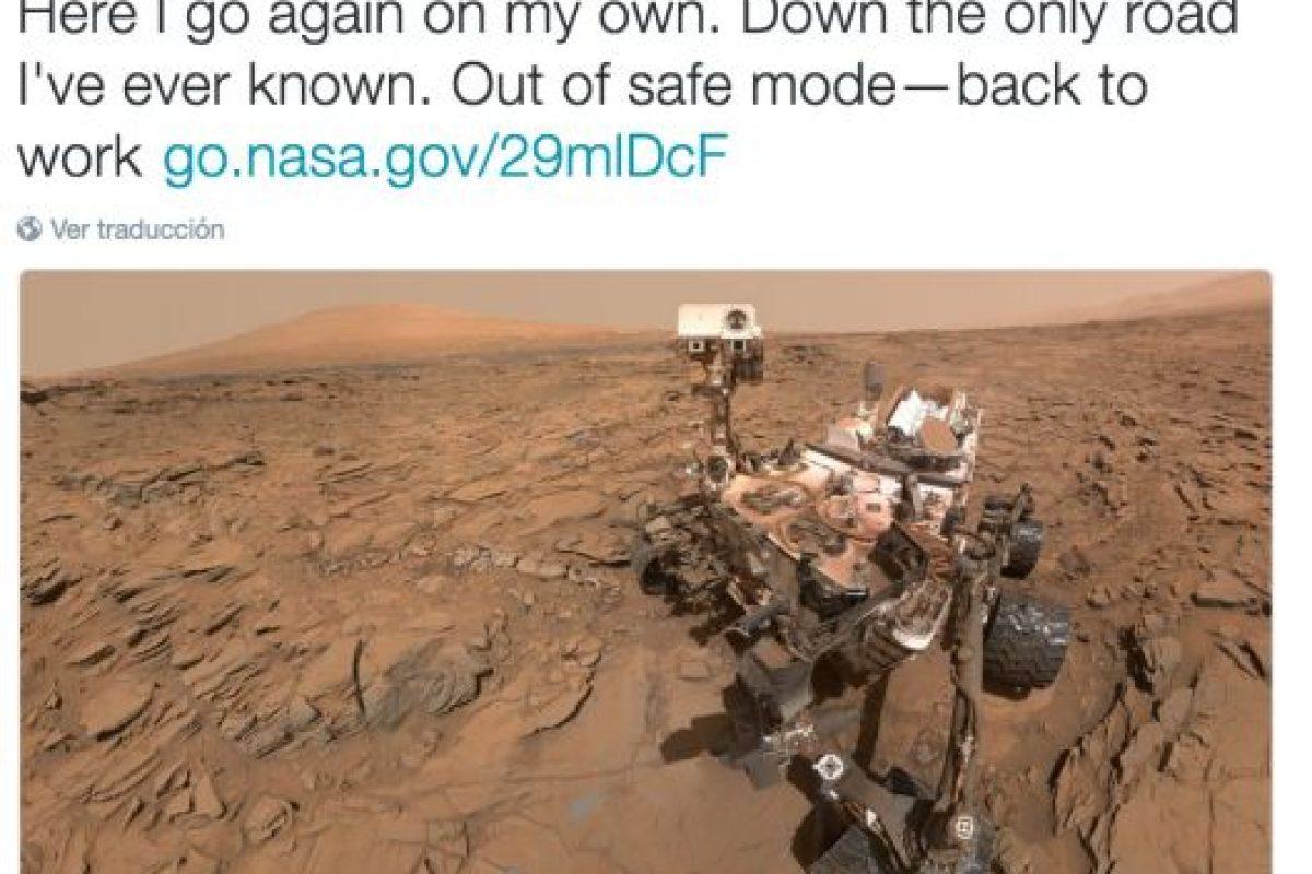 """5. Un """"selfie"""" del Curiosity, que vuelve a trabajar en Marte Foto:Twitter.com/NASA. Imagen Por:"""