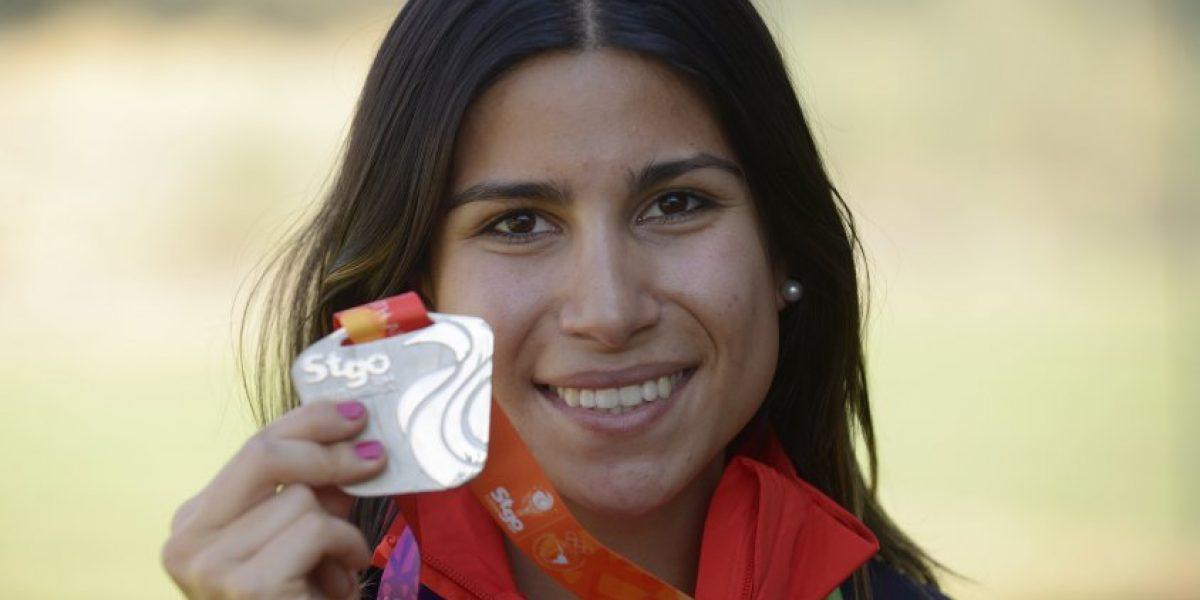 Francisca Crovetto recibe donación del Gobierno para seguir su preparación a Río 2016