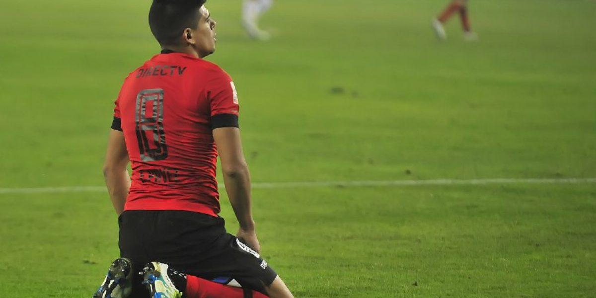 Dos clubes de España vienen por los servicios de Esteban Pavez