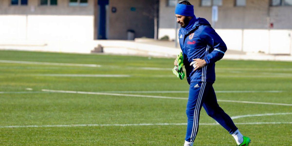 En Azul Azul no quieren transar la extensa petición de renovación de Johnny Herrera