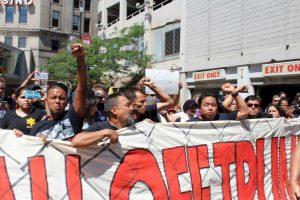 """La protesta fue convocada por la organización """"Mi Gente"""". Foto:Publimetro. Imagen Por:"""