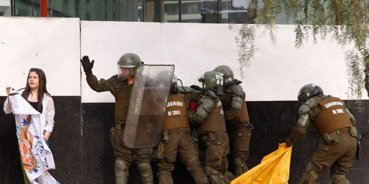 Marcha de estudiantes por Avenida Apoquindo deja seis detenidos