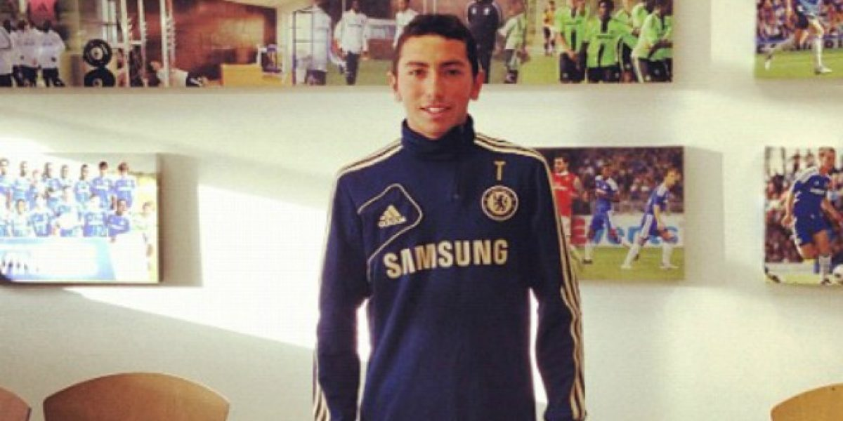 Cimbi Cuevas jugó un tiempo en goleada del nuevo Chelsea de Antonio Conte