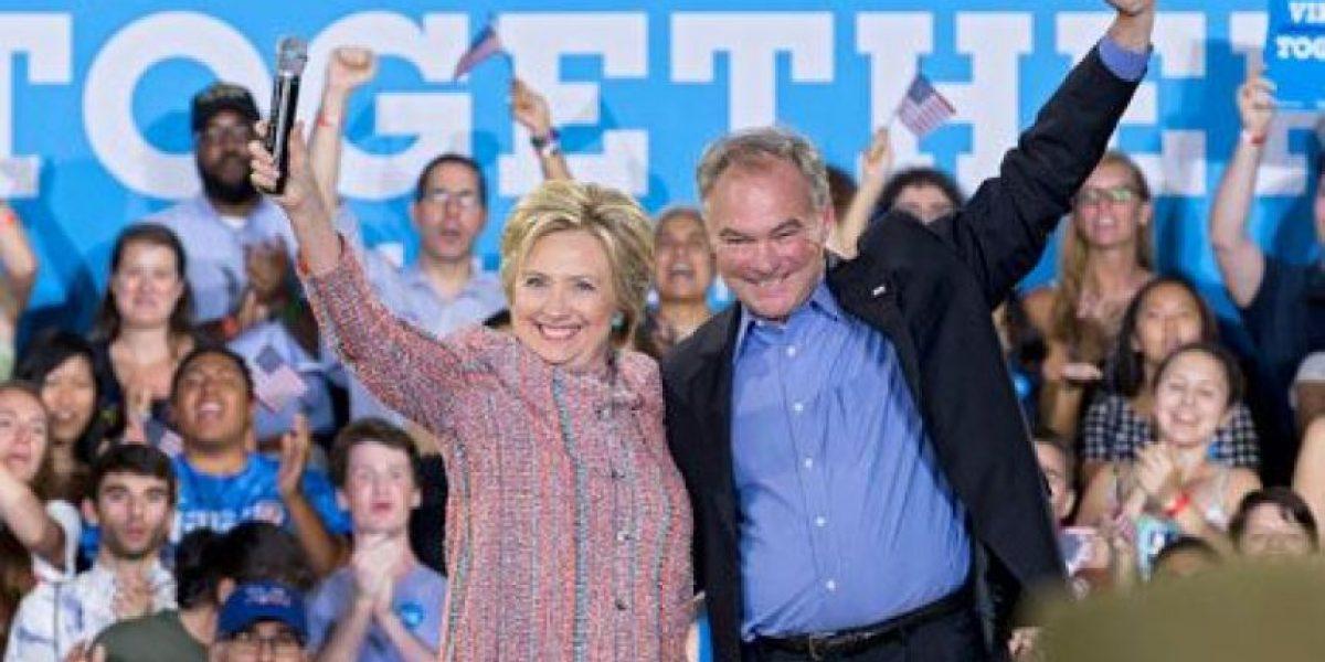 Hillary Clinton elige a un senador católico hispano parlante como su compañero de campaña
