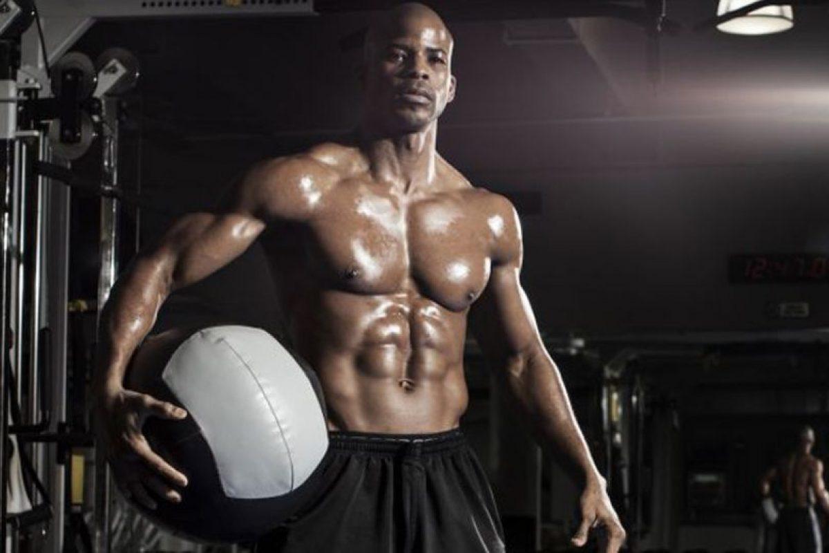 Ngo Okafor es exboxeador, modelo y un apasionado del fitness. Foto:Metro World News. Imagen Por: