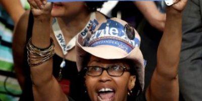 Arranca la convención: Partido Demócrata pide disculpas a Sanders por comentarios en correos filtrados