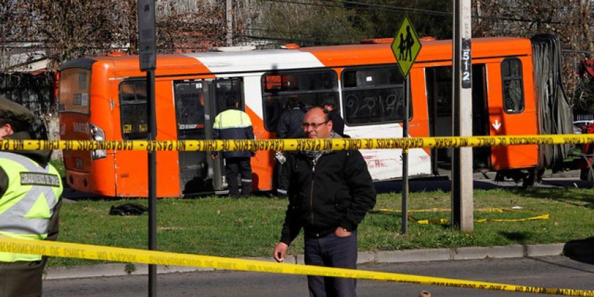 Bus articulado del Transantiago se partió en dos en Maipú: cinco lesionados