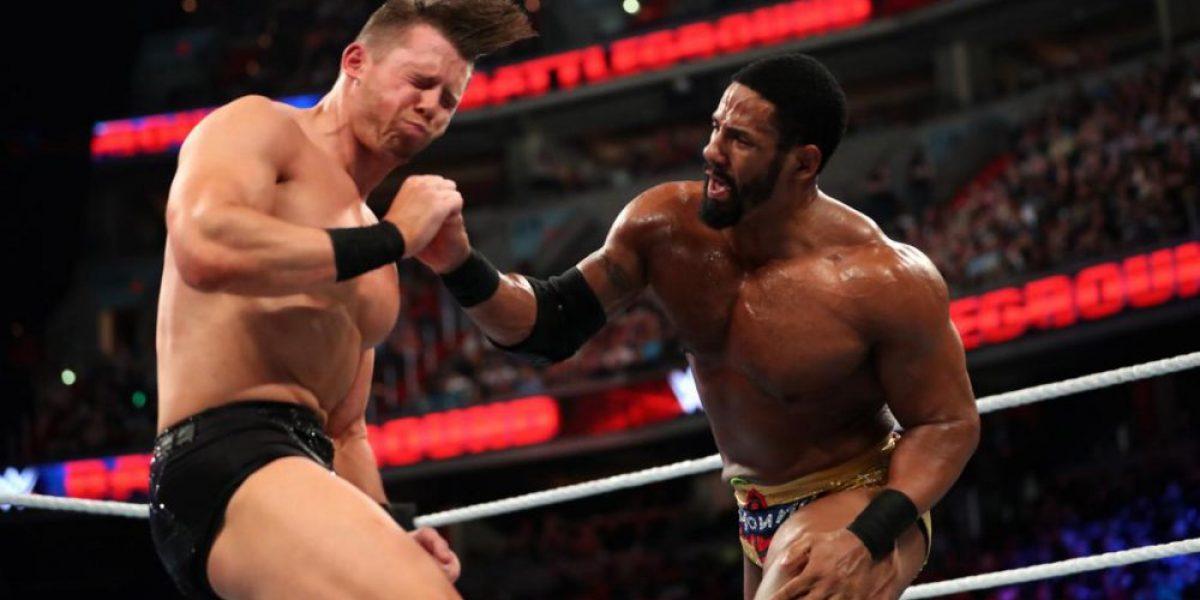 Dean Ambrose retuvo el campeonato y el título de la WWE se queda en Smackdown