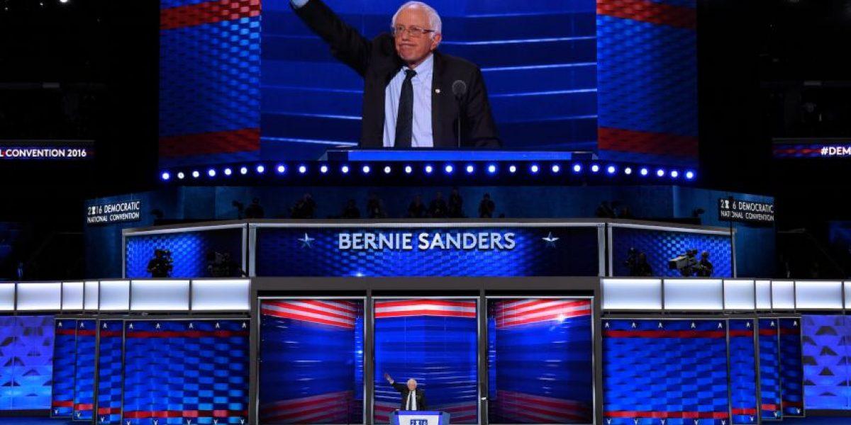 Convención Demócrata: los esfuerzos de Sanders por unir al partido bajo la bandera de Clinton