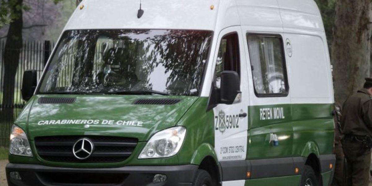 Dos detenidos tras persecución entre La Cisterna y Santiago por