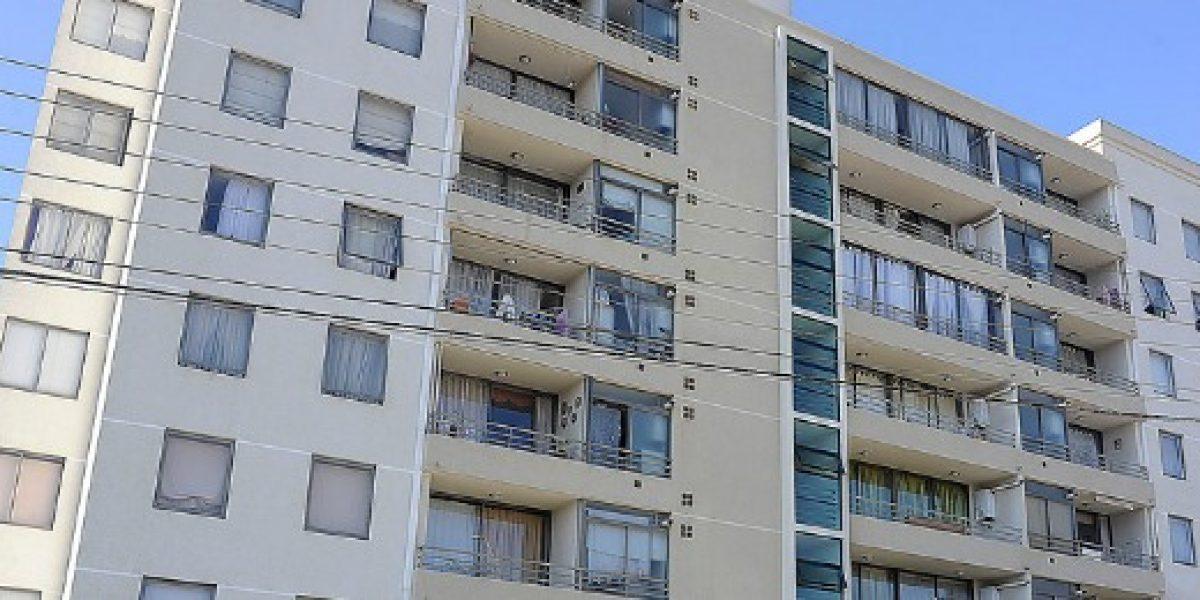 Ventas de viviendas en el Gran Santiago cierran el primer semestre con caída del 40%