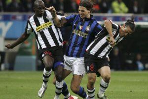 Dos años más tarde, en 2006, Inter de Milán se quedó con su carta y pagó 24,8 millones de euros Foto:Getty Images. Imagen Por: