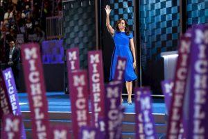 Michelle Obama ofreció un discurso plagado de frases que serán recordadas toda la vida donde enalteció a su esposo, habló del país que trató de formar para sus hijas y las nuevas generaciones y mostró su apoyo a Hillary Clinton. Foto:Getty Images. Imagen Por: