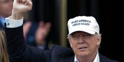 Un centenar de famosos firman una petición contra Donald Trump