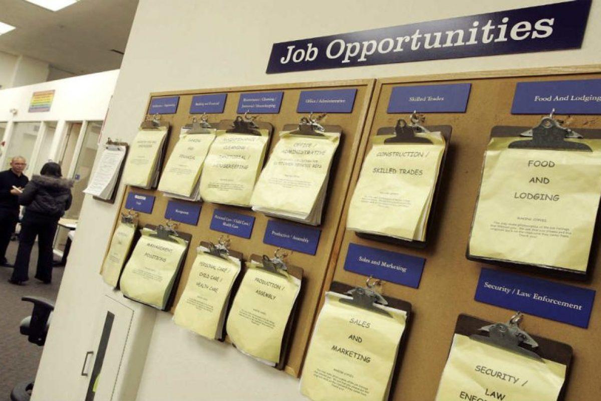 Pueden encontrar oportunidades laborales dentro de los avisos clasificados. Foto:Getty Images. Imagen Por: