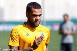 Juventus ha acaparado la atención en el mercado de fichajes italiano y Dani Alves fue otra de sus grandes transferencias Foto:Twitter Juventus. Imagen Por: