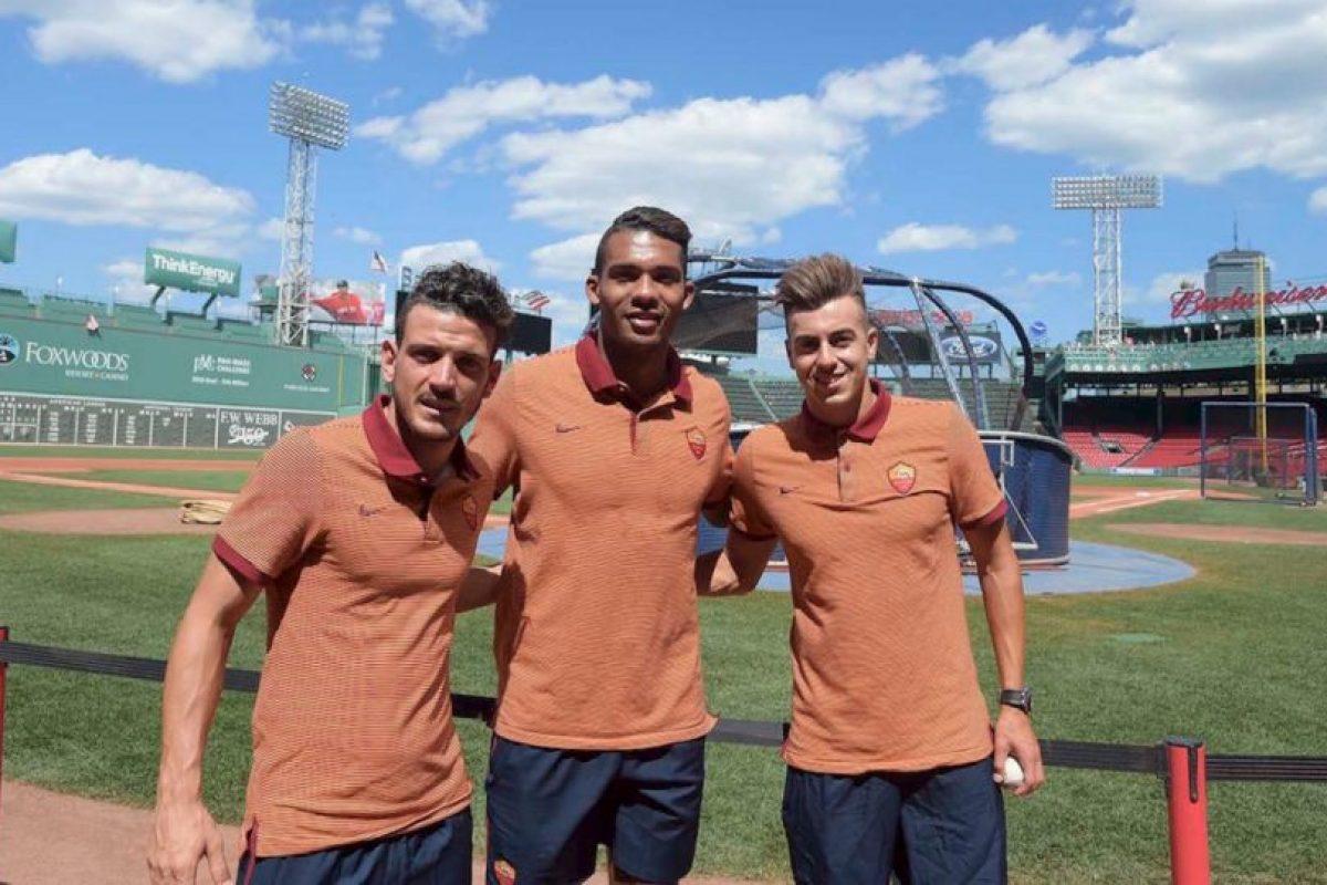 Roma ha sido otro de los equipos que ha tenido harta acción en el verano y contrató a jugadores como Stephan El Shaarawy, adquirieron a Edin Dzeko y Mohamed Salah tras su préstamo en la temporada pasada Foto:Twitter Roma. Imagen Por: