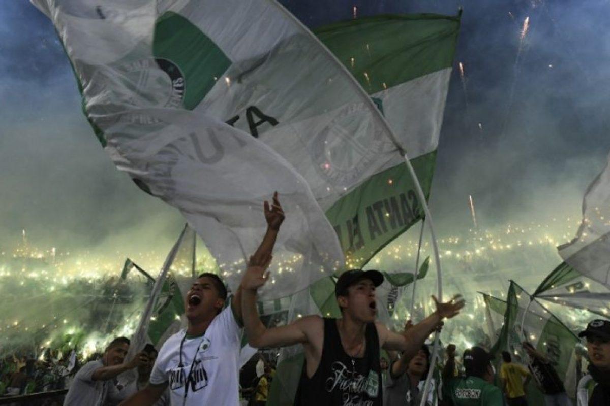 Los colombianos repitieron el título conseguido en 1989 y consiguieron su segunda Libertadores Foto:AFP. Imagen Por: