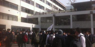 Estudiantes se toman el Instituto Nacional a cuatro días de reinicio de clases