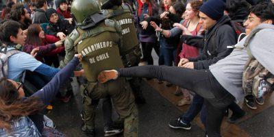 Con incidentes se desarrolló marcha no autorizada de estudiantes por la Alameda