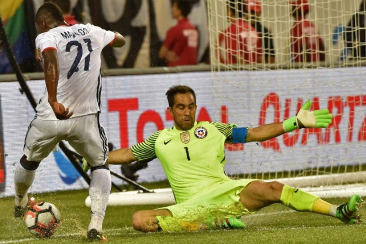 El joven puntero ha jugado siete partidos por Colombia y marcó un gol en la Copa América Centenario Foto:AFP. Imagen Por: