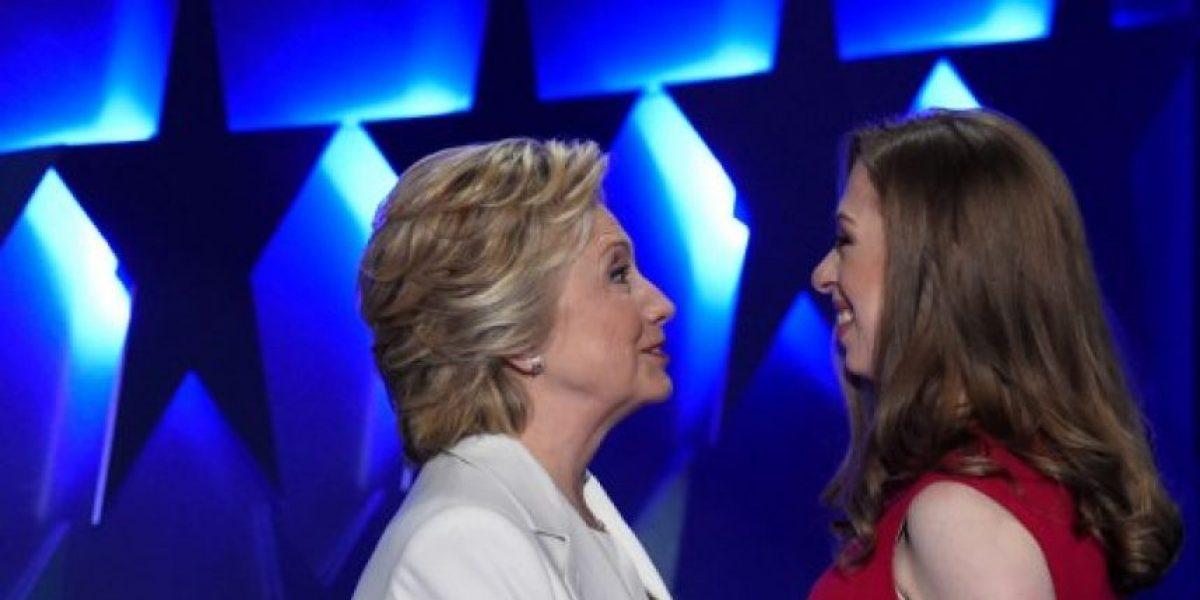Chelsea Clinton describe a Hillary: una madre