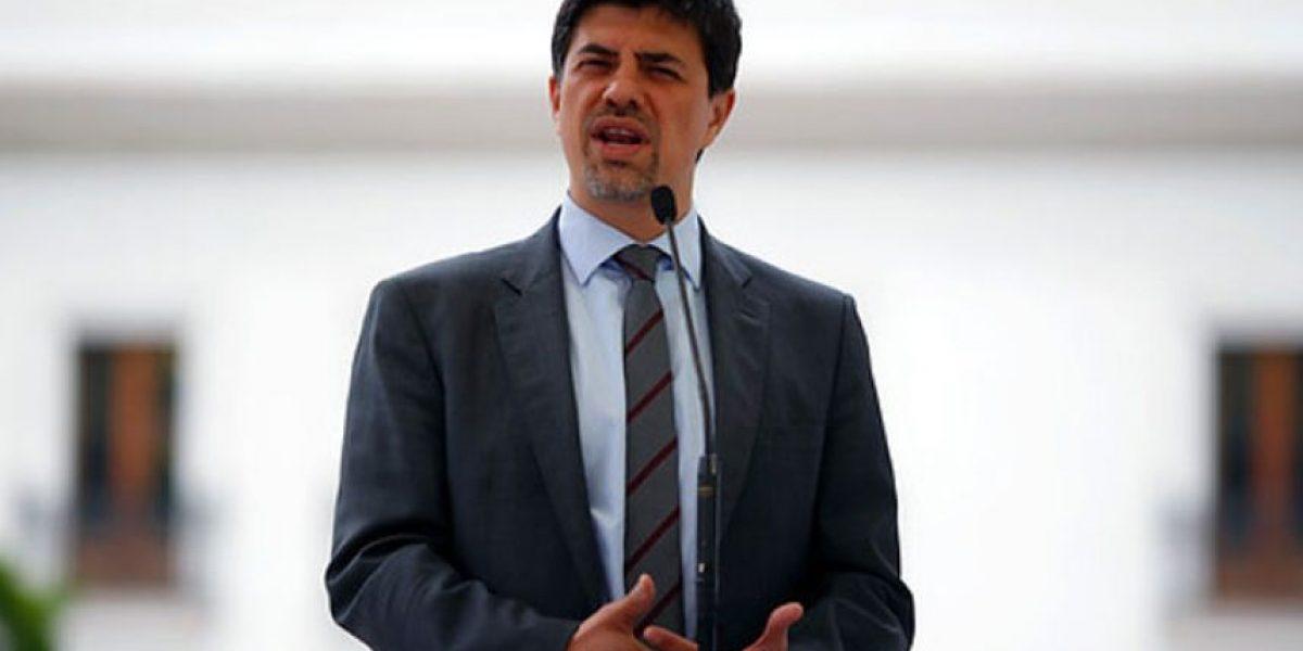 Ministro Díaz responde a peticiones de cambio de gabinete: