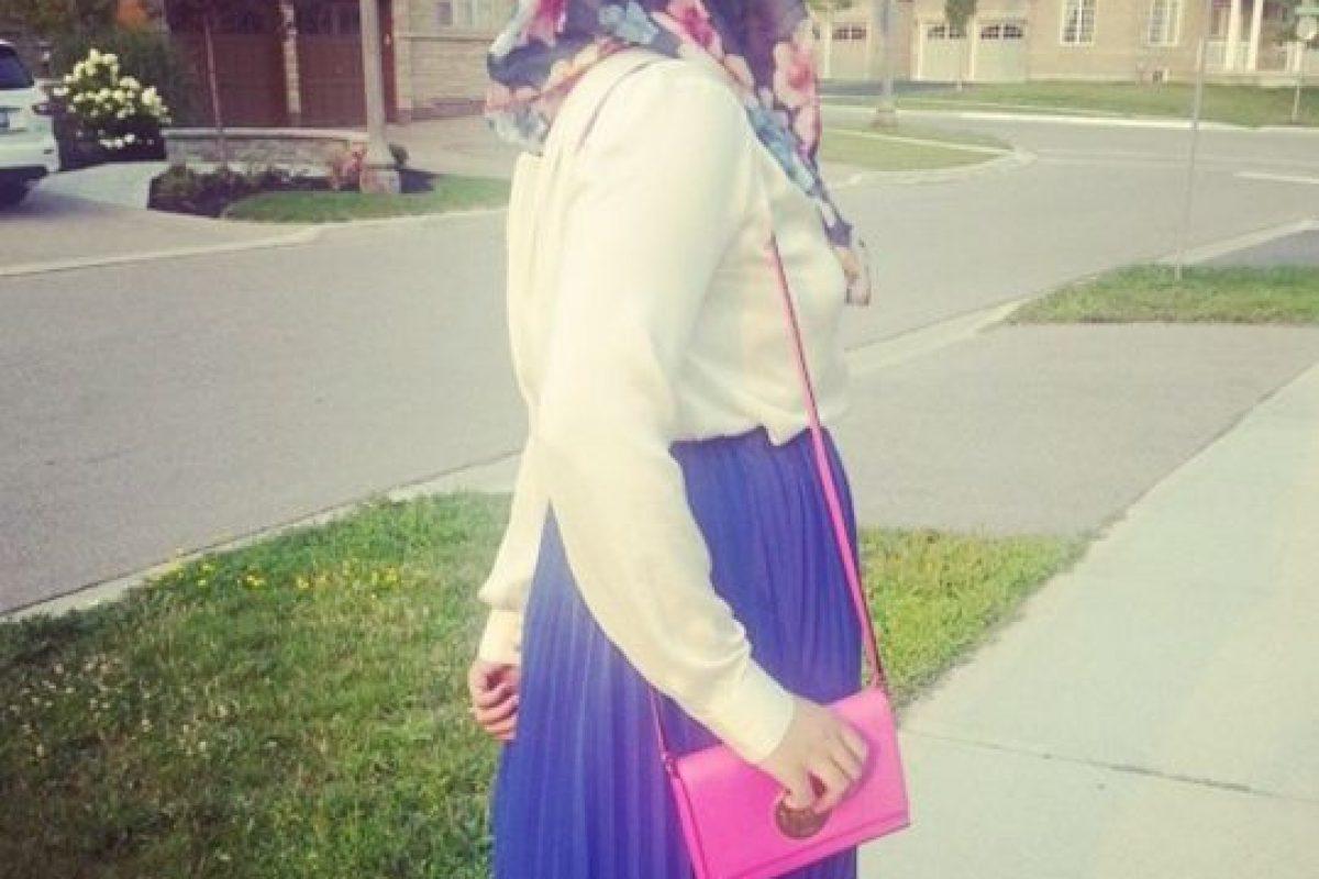 Este fenómeno comenzó desde finales de la década de 2000. Youtubers y grandes marcas apuestan por mujeres que no viven en países donde el Islam radical sino en grandes capitales de moda donde estas pueden seguir con sus valores tradicionales y los hallan como forma de expresión. Foto:TheIslamGirlBlog. Imagen Por: