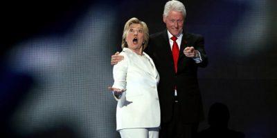 Se burlan de Hillary Clinton por su reacción de sorpresa