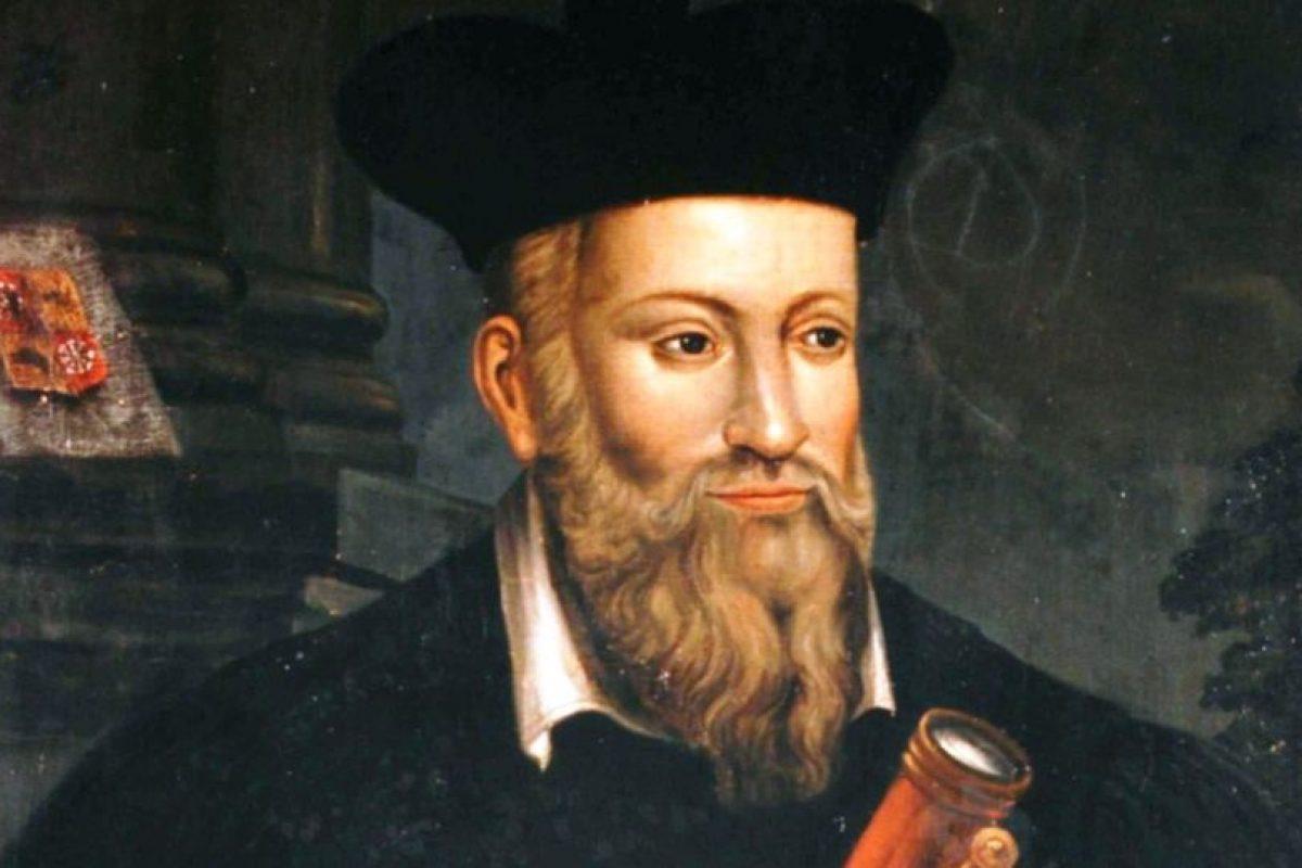 A Nostradamus se le han achacado miles de profecías sobre el fin del mundo. Unos dicen que según el astrólogo, el mundo se acabaría en 2018, otros afirman que en 3797. Foto:vía Wikipedia. Imagen Por:
