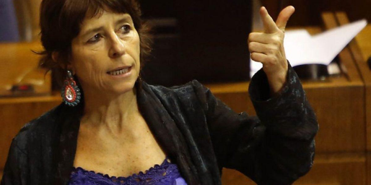 """Diputada Girardi criticó la solicitud de renuncia a la rectora Pey: """"Es lamentable"""""""