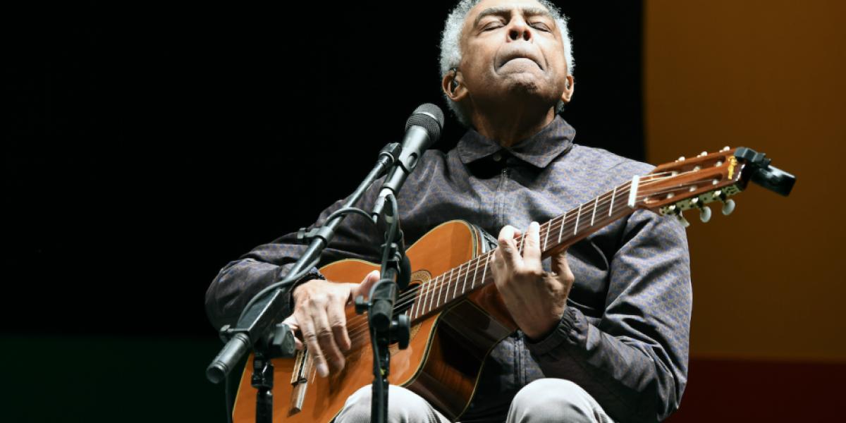 Cantante brasileño Gilberto Gil vuelve a ser hospitalizado