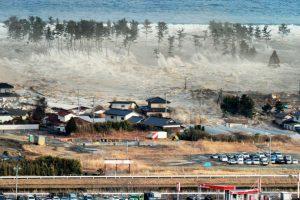 """Y desastres naturales como los de Japón supuestamente son """"preámbulos"""" para lo peor. Foto:vía Wikipedia. Imagen Por:"""