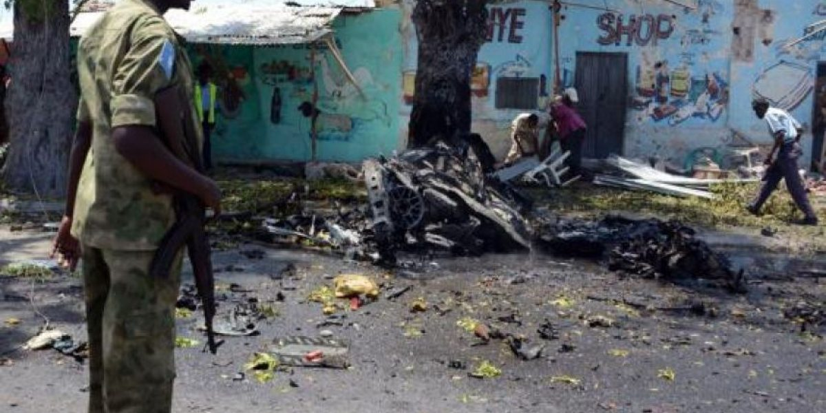 Atentados con coche bomba dejan al menos 13 muertos en Somalía