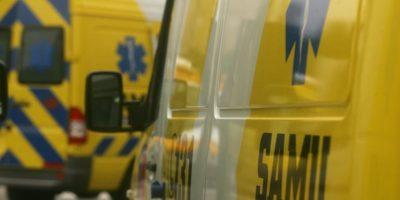 Dos motoristas lesionados tras ser impactados por vehículo policial en La Alameda
