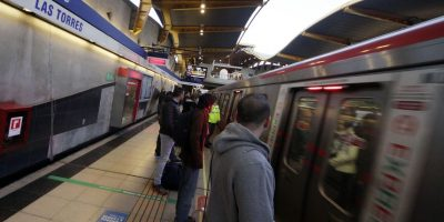 Tres detenidos por rayar vagones del Metro en la Línea 4