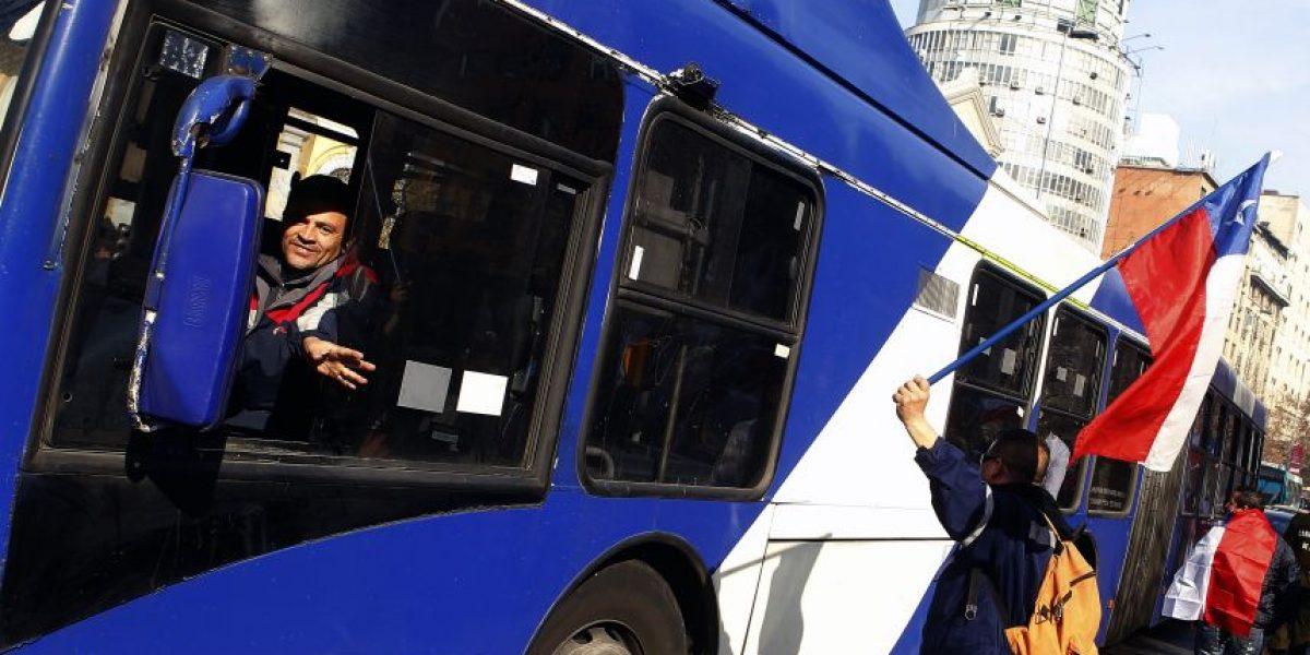 Conductores de Subus realizaron paro de advertencia y no descartan nuevas movilizaciones